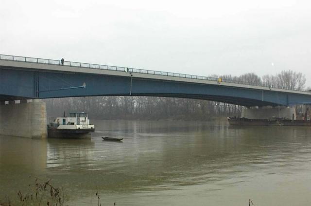 MOTORWAY – BRIDGE OVER THE TISZA RIVER